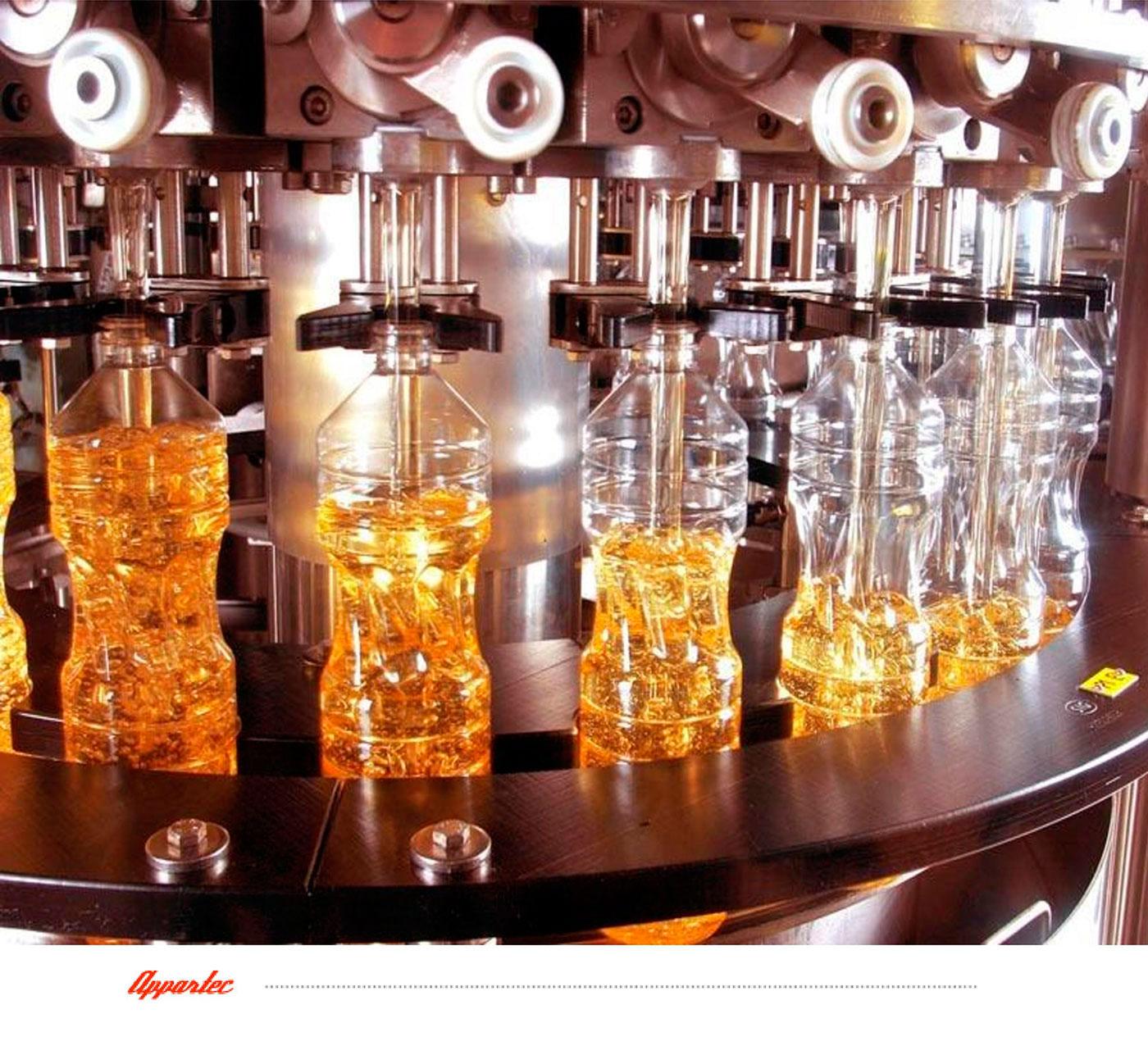 Линия розлива SIGIPAK в пластиковые и стеклянные бутылки